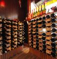 ボトルワインやスパークリングワインの総数なんと80種類以上!ワインセラーから自由に選ぶこともできます♪あなたも『CONA』にくればワインに詳しくなれるかも☆★♪女子会にも大人のデートにもぜひお使いください☆