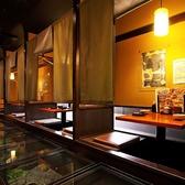 暖簾で仕切りが可能ですので、2人だけのプライベート空間でお食事をお楽しみ頂けます。デートやお仕事帰りの一杯などにも最適のお席です!