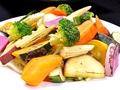 料理メニュー写真採れたて焼き野菜サラダ