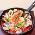 料理メニュー写真海老・イカ・アサリの海スパ