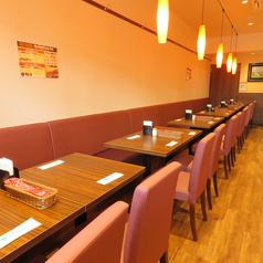 ネパール&インド料理レストラン Happy 田町店の雰囲気1