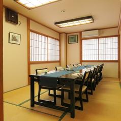 お座敷 海 6名様テーブル2卓ご用意致しております。