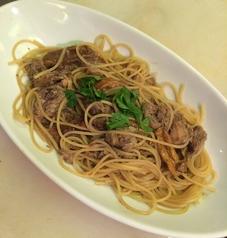 料理メニュー写真ポルチーニ茸とパンチェッタのクリームスパゲティ