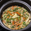 料理メニュー写真季節の土鍋炊き 炊き込みごはん