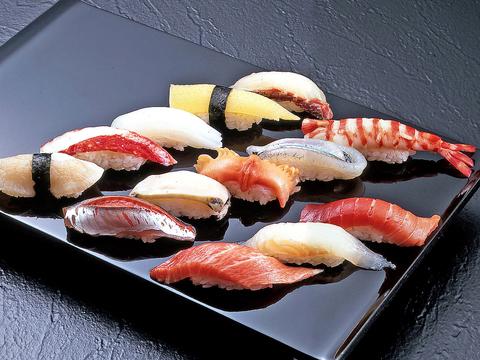 本格江戸前鮨をお楽しみください。