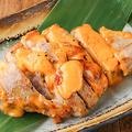 料理メニュー写真三元豚のチェダーチーズ焼き
