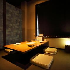 最大5名まで座れる個室席。デートや女子会、接待にも最適です。