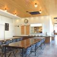【全54席】カフェみたいに広々してるので、ゆったりお過ごしいただけます♪