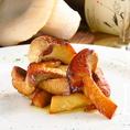 【pescheria KASAIの魅力紹介その4】≪あわび茸のソテー≫ 拳くらいの大きさもある秋田県産あわび茸を使ったソテーがおすすめ!素材の味を活かすため、シンプルに仕上げております。