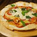 料理メニュー写真【チーズたっぷり★】マルゲリータ