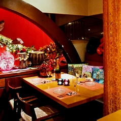 ■4名~6名様カーテンソファ個室■==============広めテーブル席でごゆっくりとお食事をお楽しみ下さい。