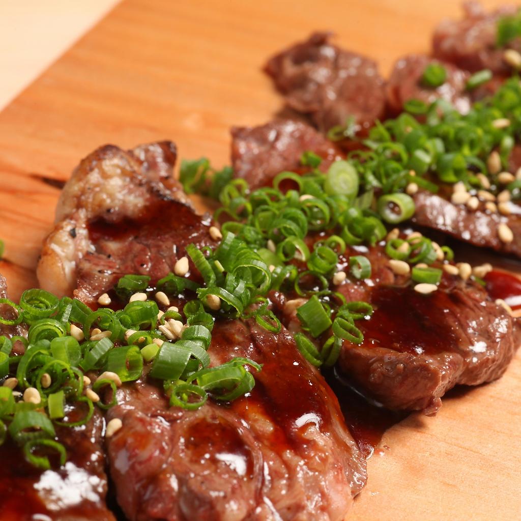 魚介、野菜メニューだけでなく北海道産にこだわったお肉料理もご提供。