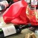 こだわりの厳選赤白ワインを取りそろえております