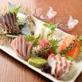 料理メニュー写真本日の刺身盛り合わせ(5種)