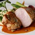 """料理メニュー写真""""美明豚""""のグリル フルムダンベールチーズを入れたマデラワインソースで"""