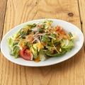 料理メニュー写真■フレッシュトマトとスプラウトのシンプルサラダ