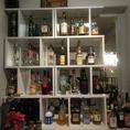 ウイスキーがブランデー・シャンパンなどバー並の品揃え