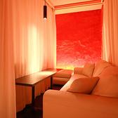 カーテンを締めれば完全個室空間☆カップルの方に非常に人気です♪