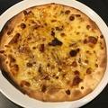 料理メニュー写真イカの塩辛ピザ
