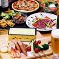 料理メニュー写真チーズフォンデュや自家製ピザ、デザートまで全7品!120分飲み放題付き
