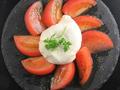 料理メニュー写真ブラータチーズ カプレーゼ