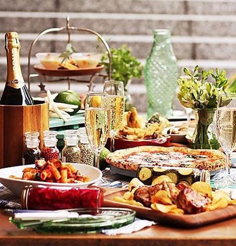 【秋の選べるランチコース】前菜盛り・ピッツァorパスタ・選べるメイン・デザート、カフェ付き♪