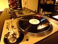 レコードも種類豊富にそろえております!リクエスト大歓迎です。