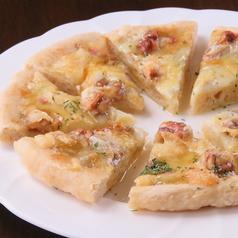 ゴルゴンゾーラハチミツピザ