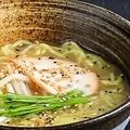 料理メニュー写真鶏白湯ラーメン
