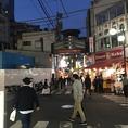 【道案内2】角にあるDoner Kebab、ケバブのお店が見えたら、その手前路地を左折。