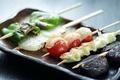 料理メニュー写真おいらせ黒豚バラチーズ / ミニトマトチーズ