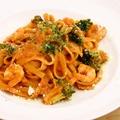 料理メニュー写真海老とブロッコリのタリアテッレ