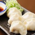 料理メニュー写真中国人点心調理人の手作り水餃子