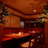 5~8名様用テーブル席/友人との飲み会~小規模の企業宴会に最適なお席です。5~8名様迄OKの椅子&ソファー席