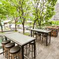 昼のテラス席は、緑がさわやかで開放感に満ち溢れています!ランチ時には日差しを浴びながらリフレッシュできます☆
