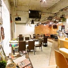 Cafe&Bar BASE 長崎の雰囲気1