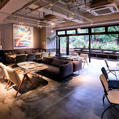 MORETHAN TAPAS LOUNGE 新宿の写真