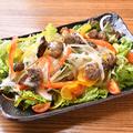 料理メニュー写真炭焼きチキンサラダ