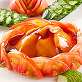 海老たっぷりの海老餃子や海鮮たっぷりあんかけ焼きそばなど、海の幸も豊富なコース。更には高級食材アワビのオイスターソース煮もお楽しみ頂ける贅沢な宴会プランです。団体様必見の幹事様無料クーポンやメッセージ入りデザートプレートプレゼントといったお得なクーポンも多数ご用意してお待ちしております。