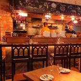 デートに一番人気のお席は料理をライブ感で楽しんでいただけるカウンター席です!!奥行きのあるカウンターなので広々!!親しみやすいシェフとの会話も楽しんでみてください♪