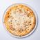 北海道産豚肉とスカモルツァチーズのピッツァ