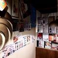 店内壁にはいろんなクラフトビアの紹介も★珍しい物も見つかるかも!!谷町/宴会/飲み放題/クラフトビール/スペアリブ/宴会/女子会/ビール