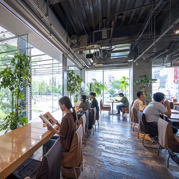 CAFFE OTTO Piu カフェオットーピウ ソラリアプラザ2階の雰囲気1