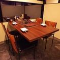 個室タイプの4名様用のテーブル席