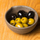 料理メニュー写真オリーブの香草マリネ