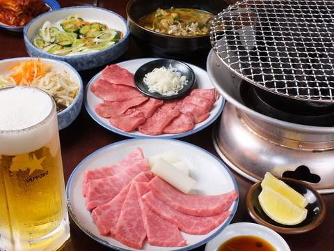 備長炭で焼く黒毛和牛に、タレからスープ、調味料まで一から手作りした絶品料理☆