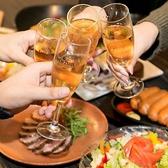 インテリアにもこだわり、可愛いテーブルのお席やゆったりソファー席などが女子会や誕生日会などにも大人気★