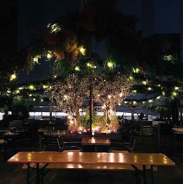 J.S. BURGERS CAFE/J.S. BEER GARDEN 新宿店の雰囲気1