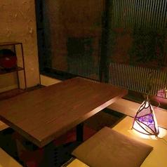 【1階離れ個室】周りを気にせずプライベートな時間をお過ごしいただける個室は、デートなどにもぴったりです。