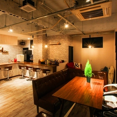 Bar Hinata バー ヒナタの雰囲気1
